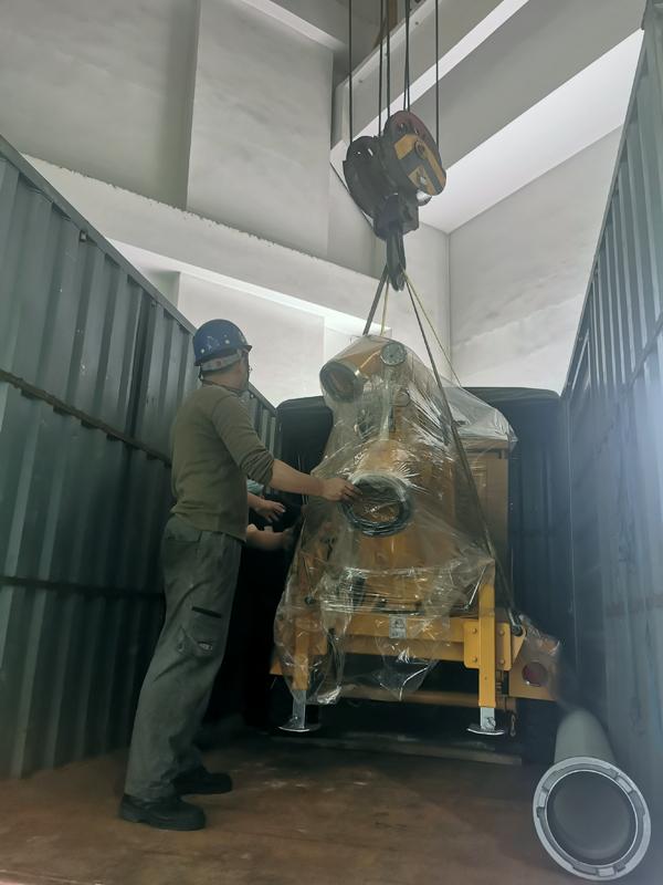 拖挂式移动泵车装卸